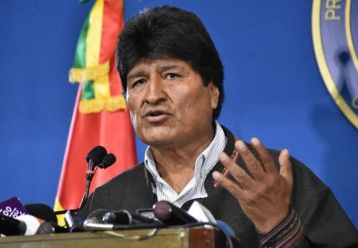 رئيس بوليفيا السابق يدعو إلى تشكيل مليشيات مسلحة