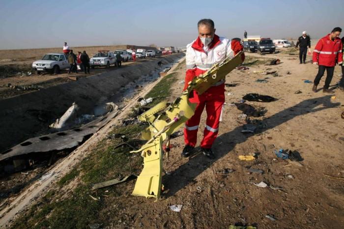 أوكرانيا: إيران تعهدت بتسليم الصندوقين الأسودين لكييف
