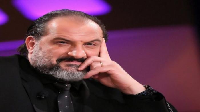 """خالد الصاوي يعيد تقديم رواية """"أنف وثلاث عيون"""" في فيلم سينمائي"""