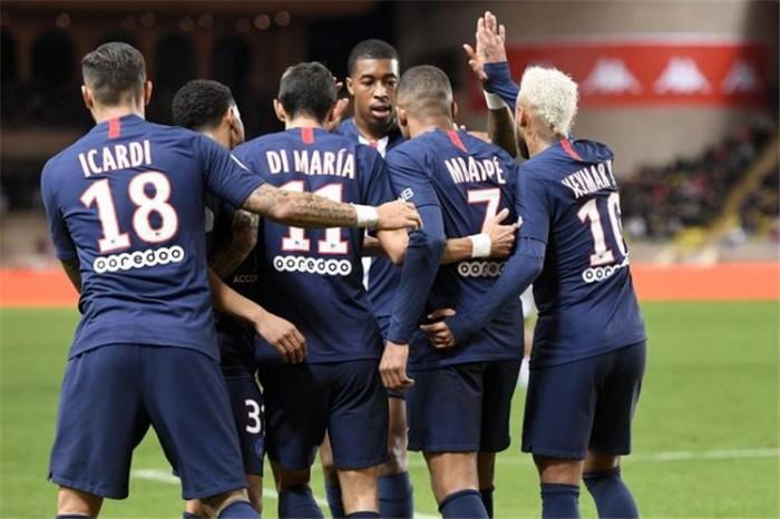 سان جيرمان يسقط موناكو برباعية في عقر داره بالدوري الفرنسي
