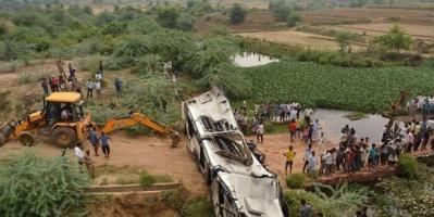الهند.. إصابة 16 شخصا بسبب خروج قطار ركاب عن القضبان