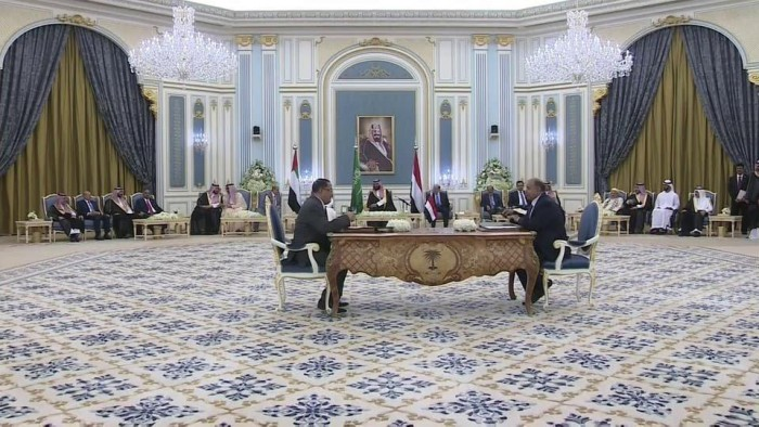 اتفاق الرياض.. بين التزام الجنوب وانتهاكات الشرعية