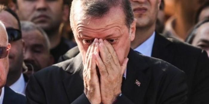 """عكاظ السعودية: أردوغان يسير على نهج سياسات """"الملالي """" التخريبية"""