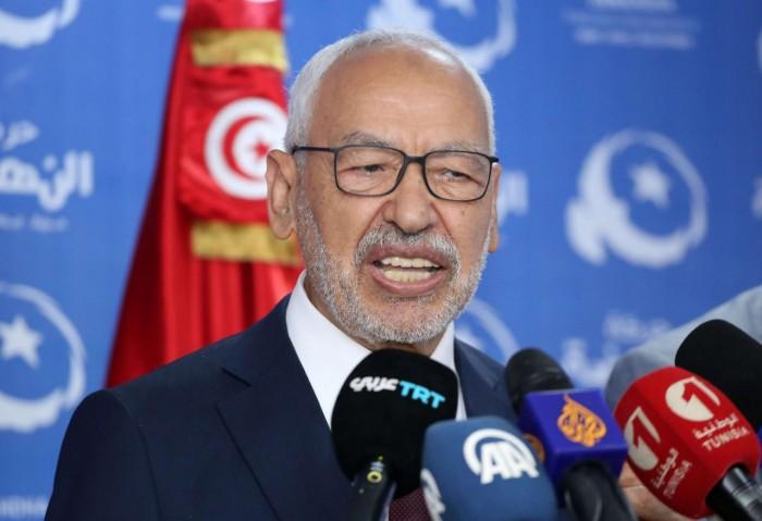 الحربي ينشر فيديو لانتفاضة البرلمان التونسي ضد أجندات الغنوشي