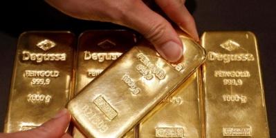 الذهب يتجه لتسجيل أكبر تراجع أسبوعي في شهرين