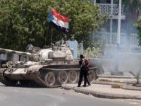 بدبابة واحدة.. اليافعي: هكذا هزم الانتقالي كل جيوش الإصلاح في عدن