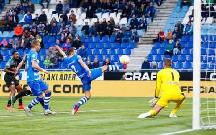 التعادل يحسم مواجهة زفوله وأوتريخت في الدوري الهولندي