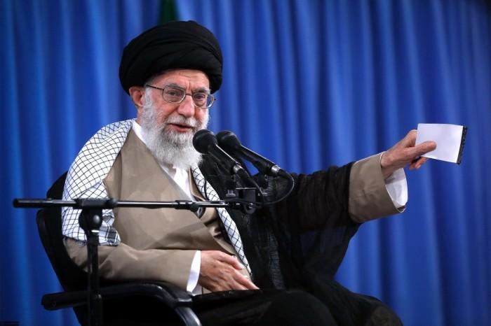 صحفي: خامنئي يشعر بفراغ شديد بعد مقتل سليماني