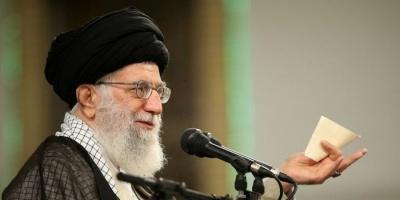 باحث إماراتي: خامنئي يتحكم في حزب الله والحوثي وحماس