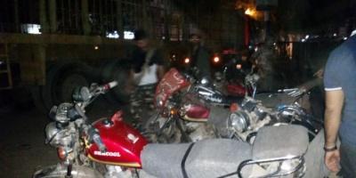 الأجهزة الأمنية تضبط عددا من الدراجات النارية المخالفة بالشيخ عثمان