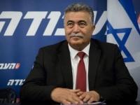 بيرتس يتعهد بعزل حماس حال فوز قائمته بالكنيست
