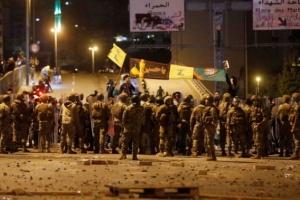 سقوط 70 جريحًا في مواجهات بين الأمن اللبناني ومحتجين