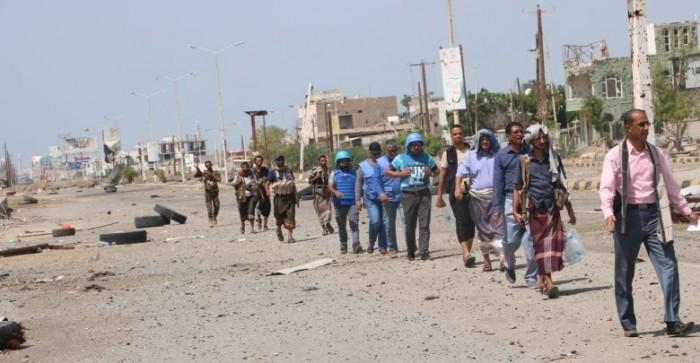 مليشيا الحوثي تستهدف نقاط الارتباط بالحديدة بالأسلحة المتوسطة