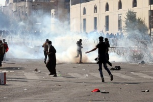 عاجل.. قوات مكافحة الشغب العراقية تسيطر على طريق محمد القاسم ببغداد