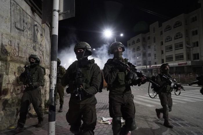 عاجل.. استشهاد 3 فلسطينيين برصاص الاحتلال الإسرائيلي