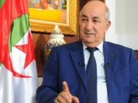 الرئيس الجزائري يؤكد وقوف بلاده على الحياد مع الأزمة الليبية