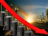 فيروس كورونا يهوى بأسعار النفط