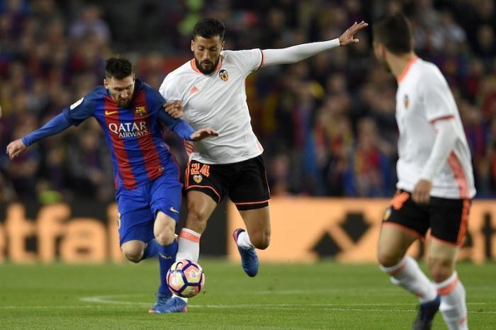 برشلونة يواجه فالنسيا.. مواعيد مباريات اليوم السبت