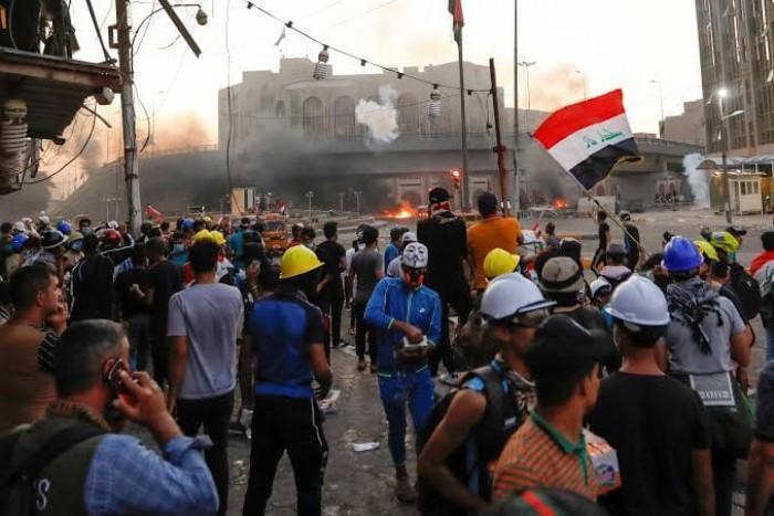 الأمن العراقي يطلق النار على المحتجين وسط بغداد