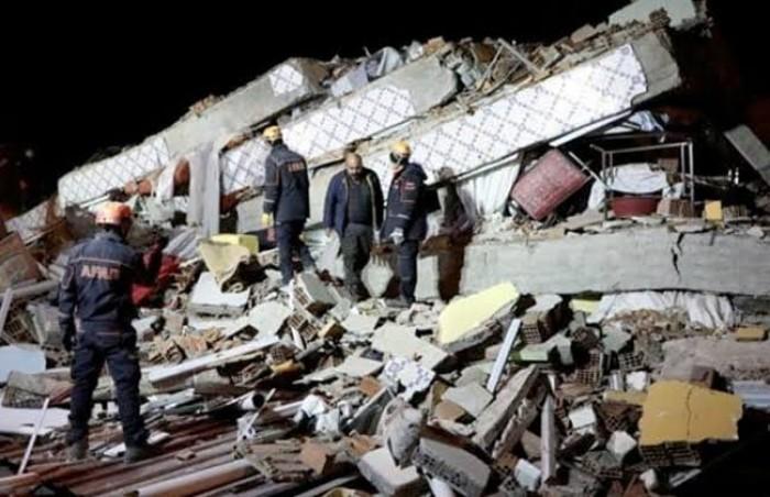 رسميا.. تركيا: 22 قتيلا حصيلة ضحايا الزلزال