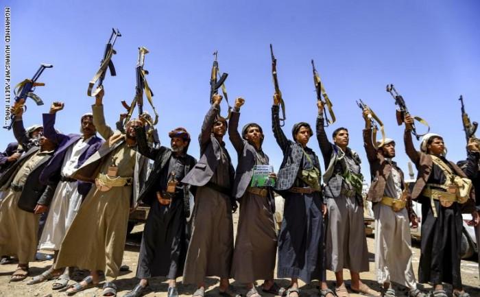 الحكومة اليمنية تطلق سراح 8 من إرهابيي الحوثي
