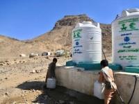 """""""سلمان للإغاثة"""" يمد الخوخة بـ 616 ألف لتر مياه"""