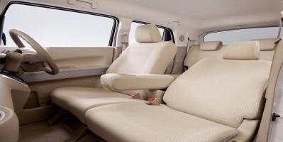 """""""هوندا إن بوكس"""" تسيطر على سوق السيارات في اليابان"""