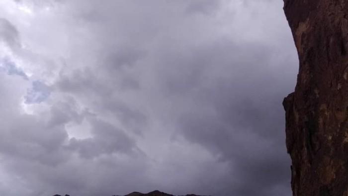 هطول أمطار في المكلا والشحر
