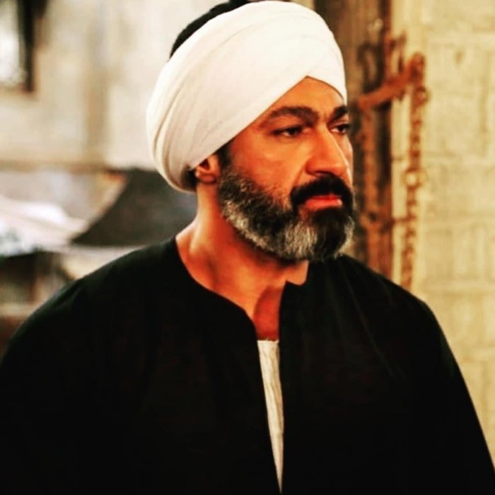 """شاهد ياسر جلال في أحدث ظهور له في كواليس مسلسل """"الفتوة"""""""
