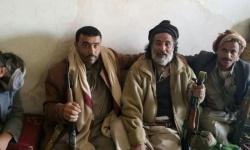 في إطار صفقة مشبوهة.. نجل العكيمي يصل صنعاء للقاء الحوثي