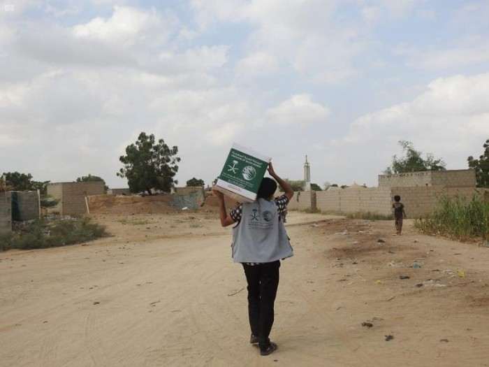 مساعدات سعودية لـ 37 قرية محاذية لصعدة