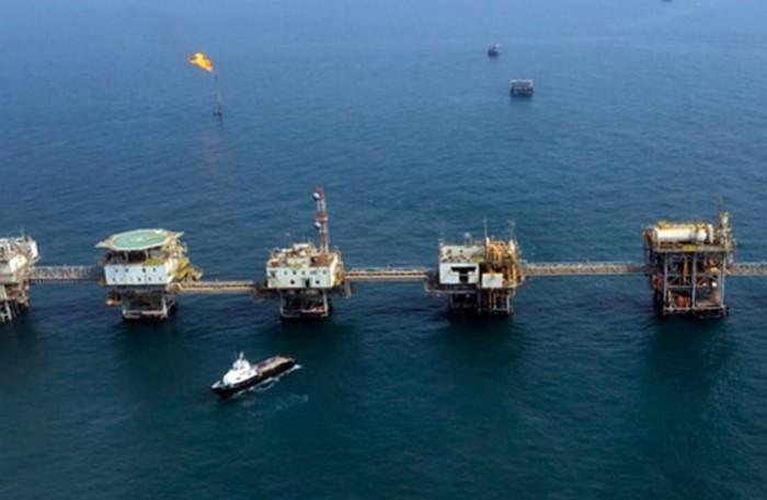 المملكة والكويت تبدءان الأعمال التحضيرية لاستئناف إنتاج النفط من المنطقة المقسومة