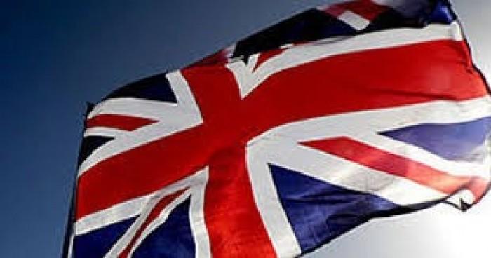 السفارة البريطانية تشيد بتدشين الجسر الجوي لنقل المرضى اليمنيين