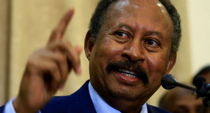 الحكومة السودانية معلقة على لقاء البرهان بنتنياهو: لم يخطرنا به