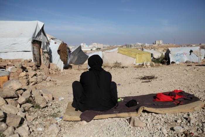 وكالة سويسرية: مليشيا الحوثي تعرقل المساعدات الإنسانية