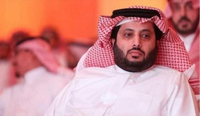 أول ظهور لتركي آل الشيخ بعد عمليته الأخيرة (فيديو)