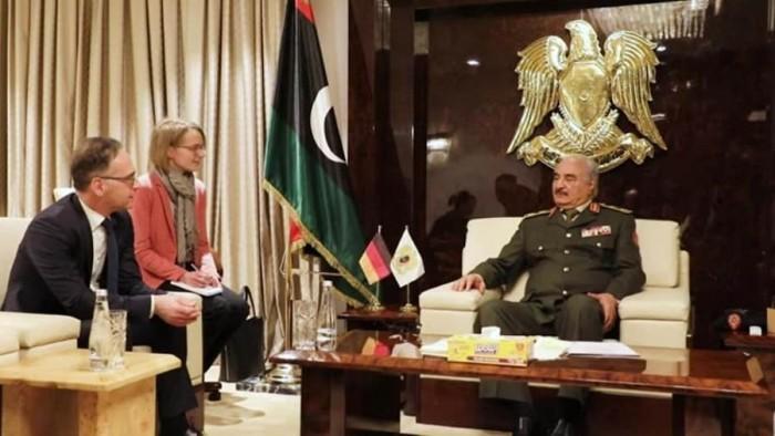 قائد الجيش الليبي يستقبل وزير الخارجية الألماني في بنغازي