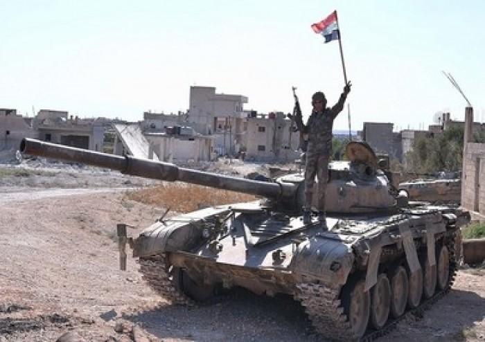 قسد: وصول مئات النازحين من إدلب إلى منبج