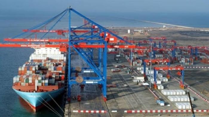 كورونا يتسبب في شل حركة شحن الحاويات عالمياً