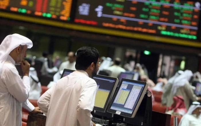 البورصة السعودية تتراجع بأكثر من 150 نقطة و المؤشر العام عند مستوى 7898 نقطة