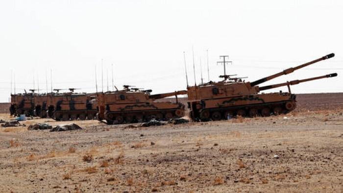 تركيا: نواصل قصف مواقع الجيش السوري بشكل مكثف دون انقطاع