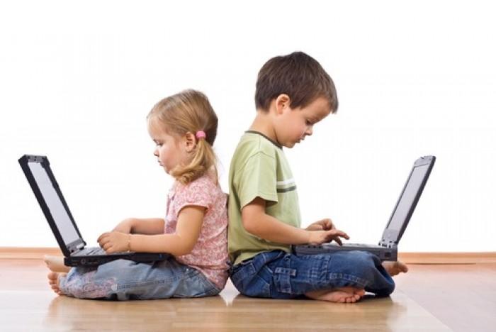 فيسبوك تقدم نصائح لتواجد آمن لأطفالك على الإنترنت