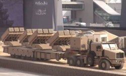 تركيا تنشر راجمات صواريخ على الحدود مع سوريا