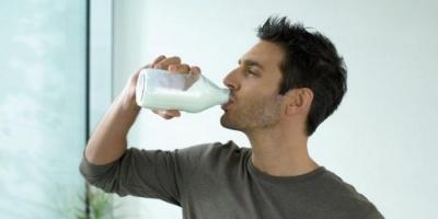 لهذا السبب ينصح باحتساء الحليب يوميًا