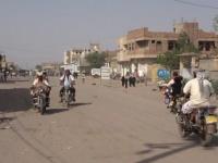 مليشيا الحوثي تقصف منازل المواطنين بحيس