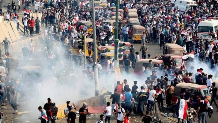 تجدد الاشتباكات وسط بغداد ووقوع اشتباكات مع الأمن