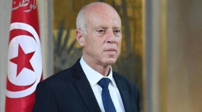 الرئيس التونسي: سحب الثقة من حكومة تصريف الأعمال مخالف للدستور