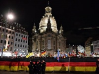مظاهرات في شرق ألمانيا ضد حركة بيجيدا والمعادين للإسلام