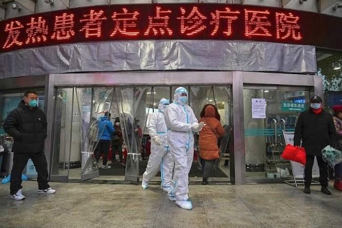 وفاة مدير مستشفى بمدينة ووهان الصينية نتيجة إصابته بكورونا