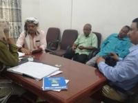 اتهامات لمحافظ أبين بعرقلة عمل لجنة تقصي الحقائق في فساد مستشفى زنجبار